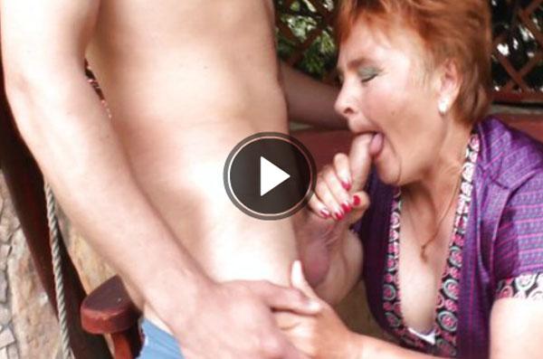 harte pornos Alte blowjob mit Jungen